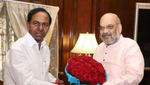 telangana-cm-kcr-meets-amit-shah-seeks-funds-for-flood-relief_g2d