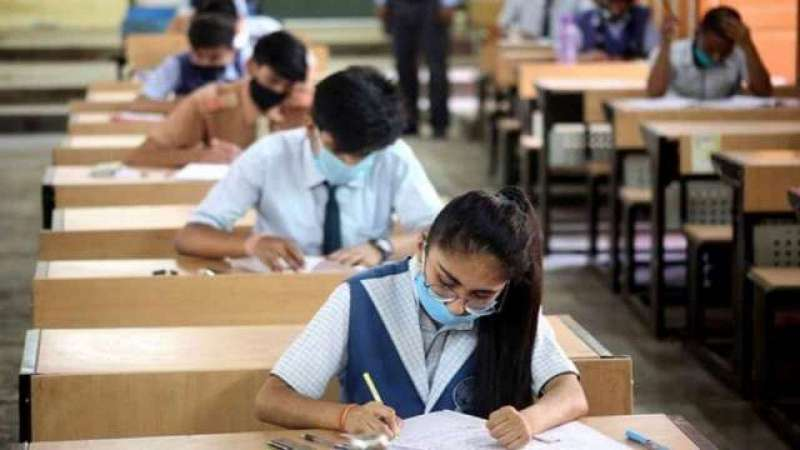 govt-cancels-cbse-class-10-board-exam-postpones-12th-exam_g2d