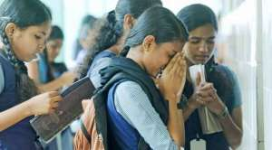 telangana-all-10th-students-pass-secondyear-inter-exams-postponed_g2d