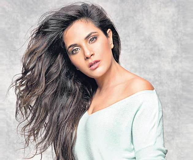 shakeela-biopic-going-to-start-in-august_g2d