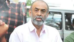 im-not-even-able-to-pay-power-bills-now--d-suresh-babu_g2d